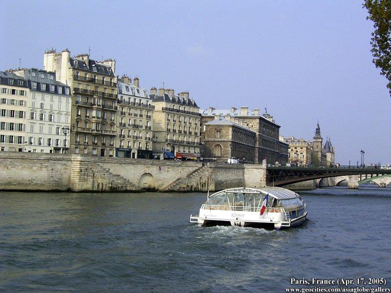 PARIS1324.jpg