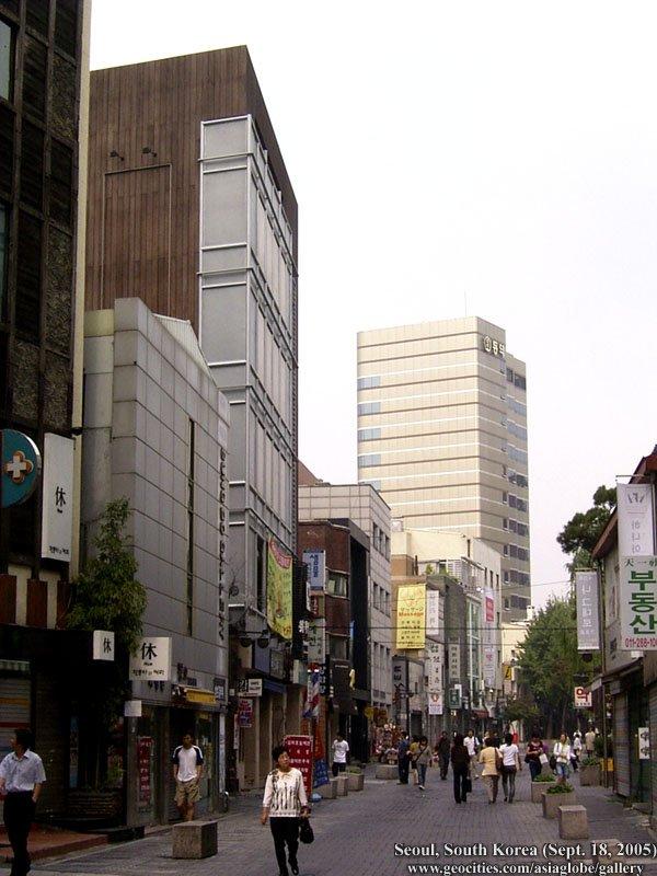 [Resim: SEOUL02-S02-036.jpg]